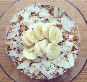 smoothie bowl! instagram: kittypurrin