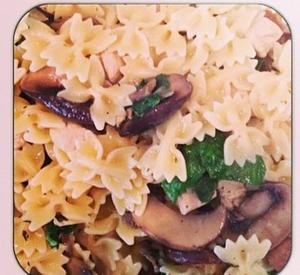 mushroom pasta with swiss chard instagram: kittypurrin
